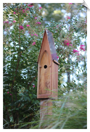 "American Classic Birdhouse <br><span style=""color:#1954e9;"">New Item!</span>"